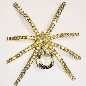 Jewelry - vintage rhinestone spider pin